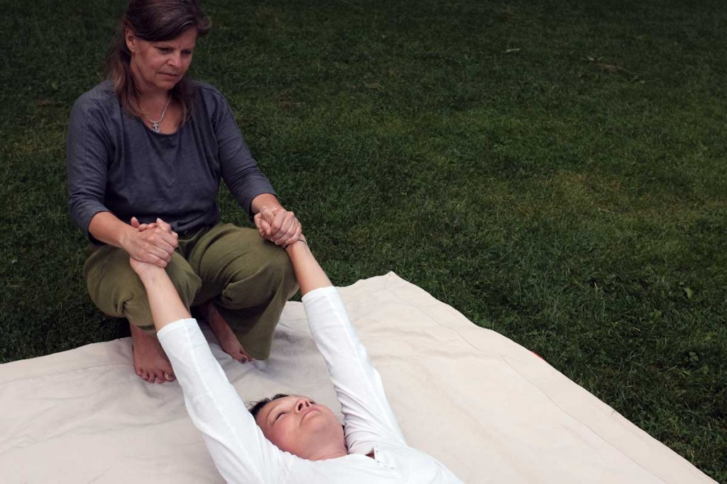 osteothai-massage-armzug